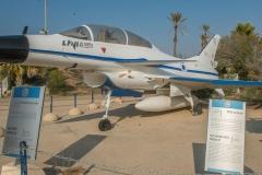 IAI Lavi b-1